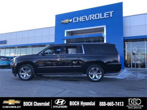 Pre-Owned 2017 GMC Yukon XL Denali With Navigation & 4WD