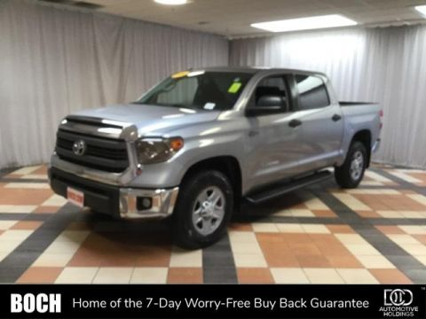 2014 Toyota Tundra CrewMax 5.7L V8 6-Spd AT SR5
