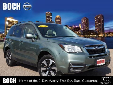Pre-Owned 2017 Subaru Forester 2.5i Limited CVT With Navigation & AWD
