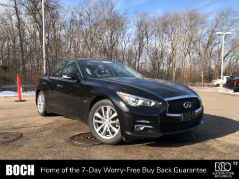 Pre-Owned 2016 INFINITI Q50 4dr Sdn 3.0t Premium AWD With Navigation & AWD